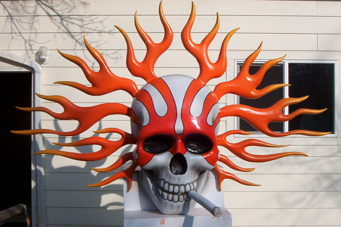 flamn-skull-with-cig1